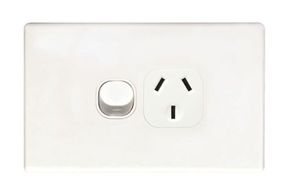 Picture of TRADESAVE Single 15A Horizontal Power Point. Removable