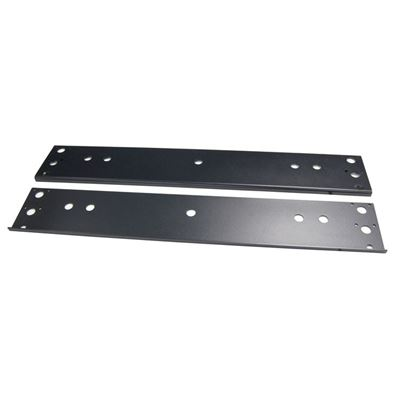 Picture of DYNAMIX Bolt Down Plate for 800mm Wide SR Series Cabinets.