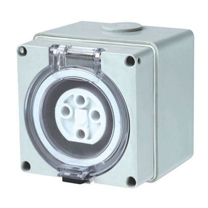 Picture of TRADESAVE Weatherproof Socket, 3 Pin 10A, Flat, IP66, Stainless